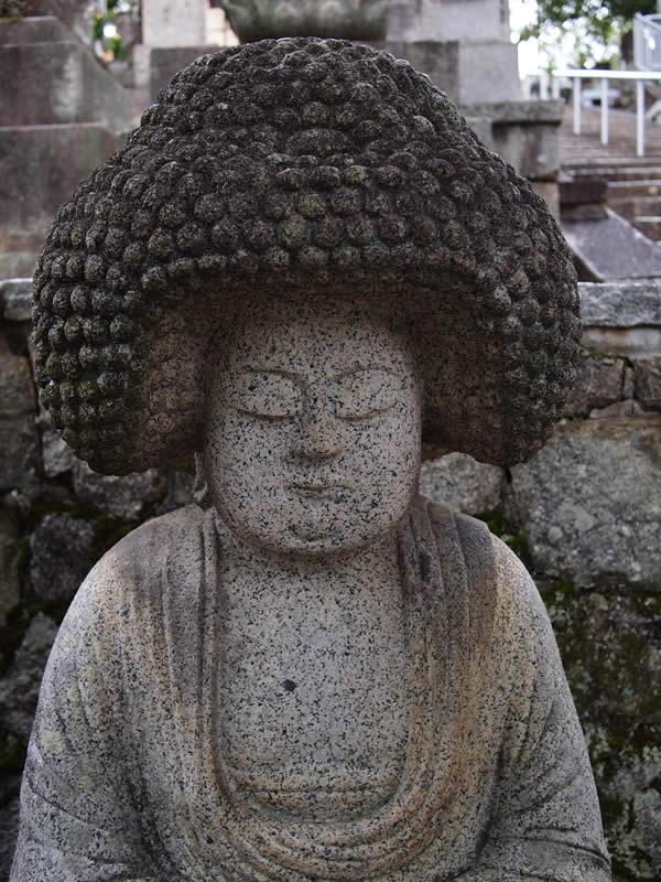 アフロ地蔵 京都 金戒光明寺(Konkaikoumyoji temple in Kyoto,Japan)